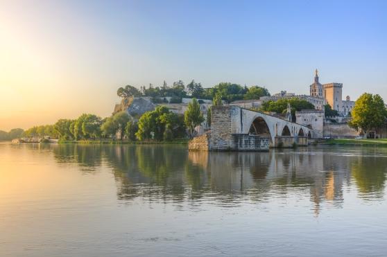 Saint-benezet_in_southeastern_France