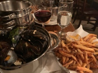 Thai curry mussels, Monk's, Philadelphia