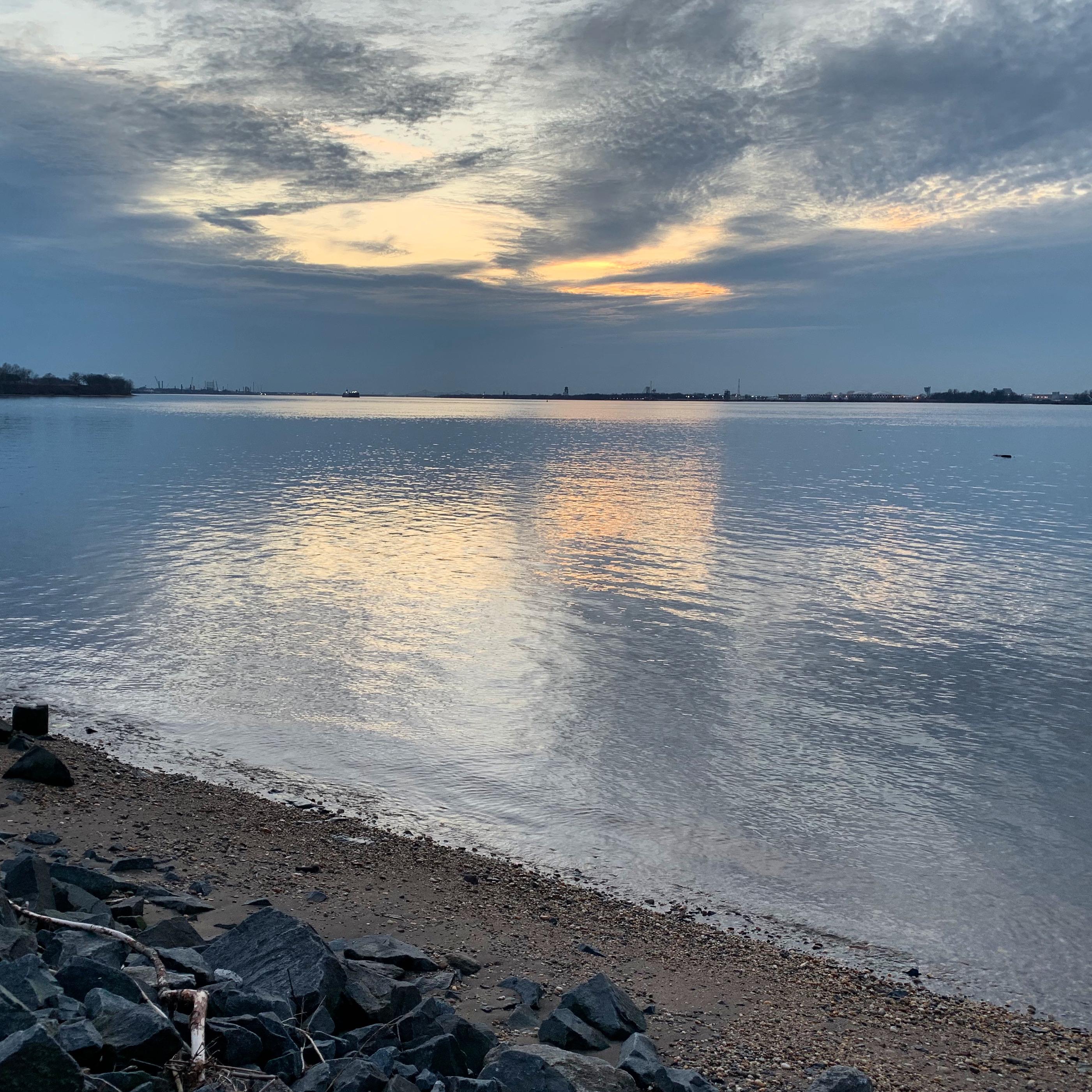 Sunset over the Delaware River, Feb.2020