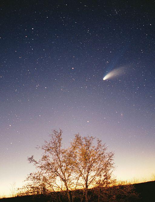 512px-Comet-Hale-Bopp-29-03-1997_hires_adj